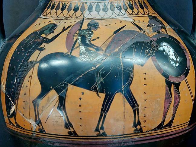 Pieza cerámica de figuras negras en las que se representa un hippeus con su caballo y equipamiento, uno de los partícipes de la democracia ateniense