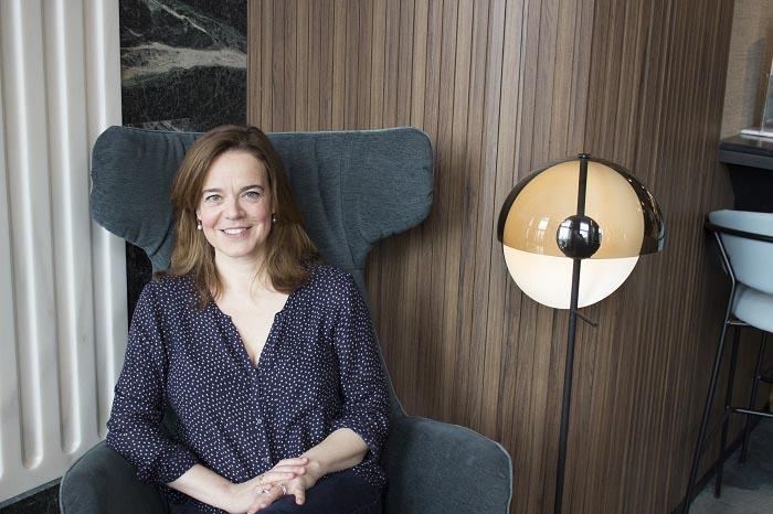 Fotografía de Helen Castor tomada durante la realización de esta entrevista
