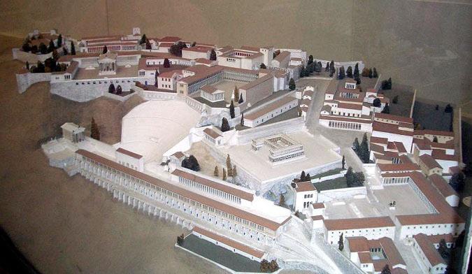 Maqueta que recrea la acrópolis de la ciudad de Pérgamo en su mejor momento, con el reinado de Eumenes II. Está actualmente expuesta en el Museo de Pérgamo de Berlín