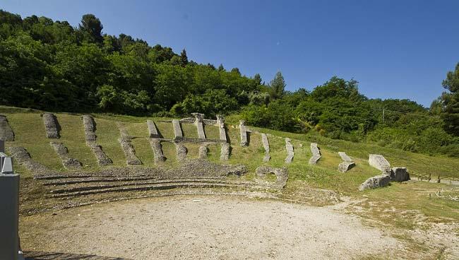 Estado actual del teatro romano de Asculo, donde comenzó la Guerra de los Aliados