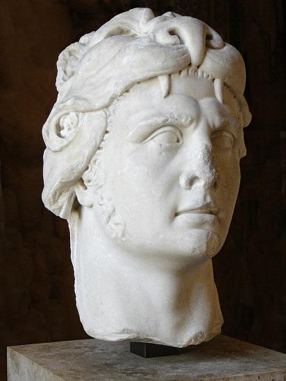Busto del rey Mitrídates VI, cuya guerra empezó justo al terminar la guerra de los aliados