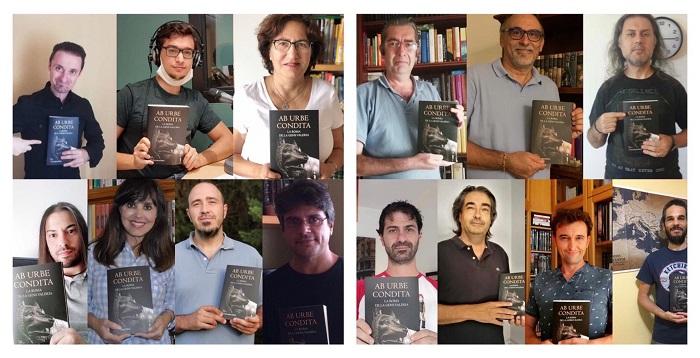 """Collage formado por las fotos de los catorce autores de """"Ab urbe condita: la Roma de la gens Valeria"""" posando con un ejemplar de la obra"""