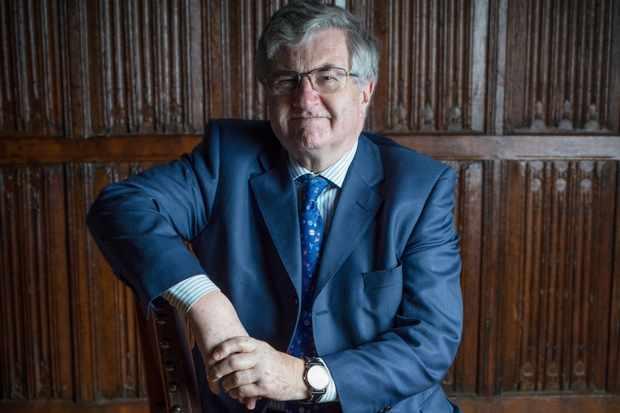 """Richard J. Evans, doctor en Historia y autor de """"El Tercer Reich: en la historia y la memoria"""""""