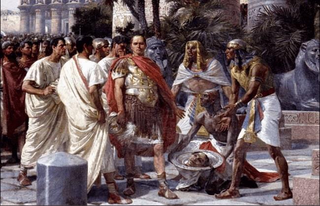 César rechaza ver la cabeza decapitada de Pompeyo Magno a su llegada a Alejandría tras la batalla de Farsalia