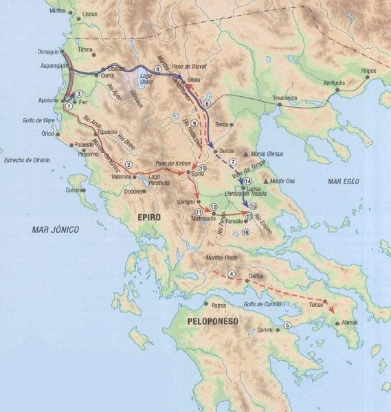 Mapa de los Balcanes que muestra la ruta seguida por Julio César (en rojo) y Pompeyo Magno (en azul) en su camino hacia la batalla de Farsalia