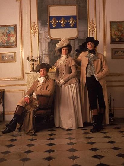 """Hillary Swank, Adrien Brody y Simon Baker, el trío protagonista de """"El misterio del collar"""""""