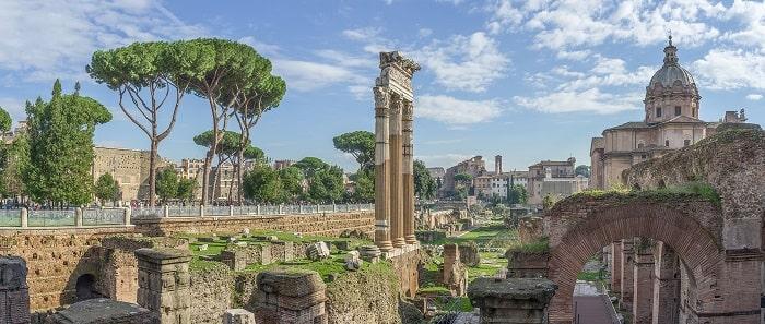 Vista del Foro de Julio César en Roma, creada durante la dictadura de Julio César