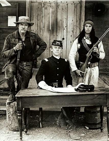 """Burt Lancaster, Bruce Davison y Jorge Luke en """"La venganza de Ulzana"""""""