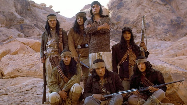 Un grupo indígena de La venganza de Ulzana