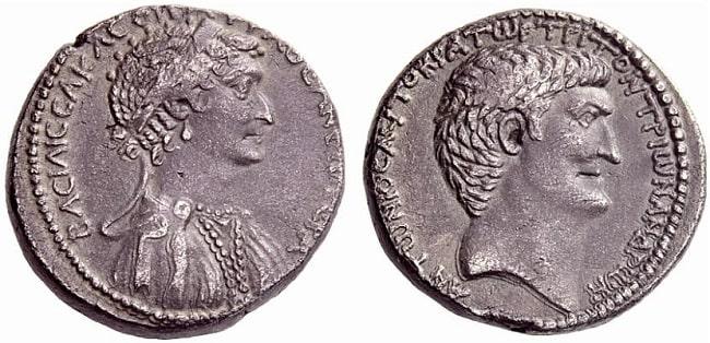 Moneda romana acuñada en Oriente en el 36 a.C. en la que aparecen Marco Antonio y Cleopatra