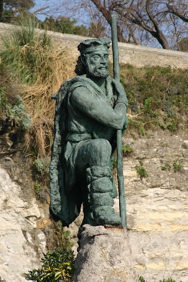 Estatua a un líder cántabro en Santander