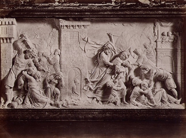 Bajorrelieve hecho por Dionigi Bussola en el siglo XVII que representa la Masacre de los inocentes