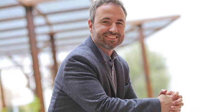 Fotografía de Guillermo Díaz, el autor de Grandes batallas en la pantalla